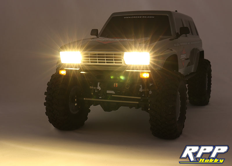 Cross-RC FR4 Demon RTR – First Look and Trail Run Video